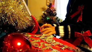 この曲も、大好きです。 クリスマスソング弾いたとき、一緒に弾いとけば...