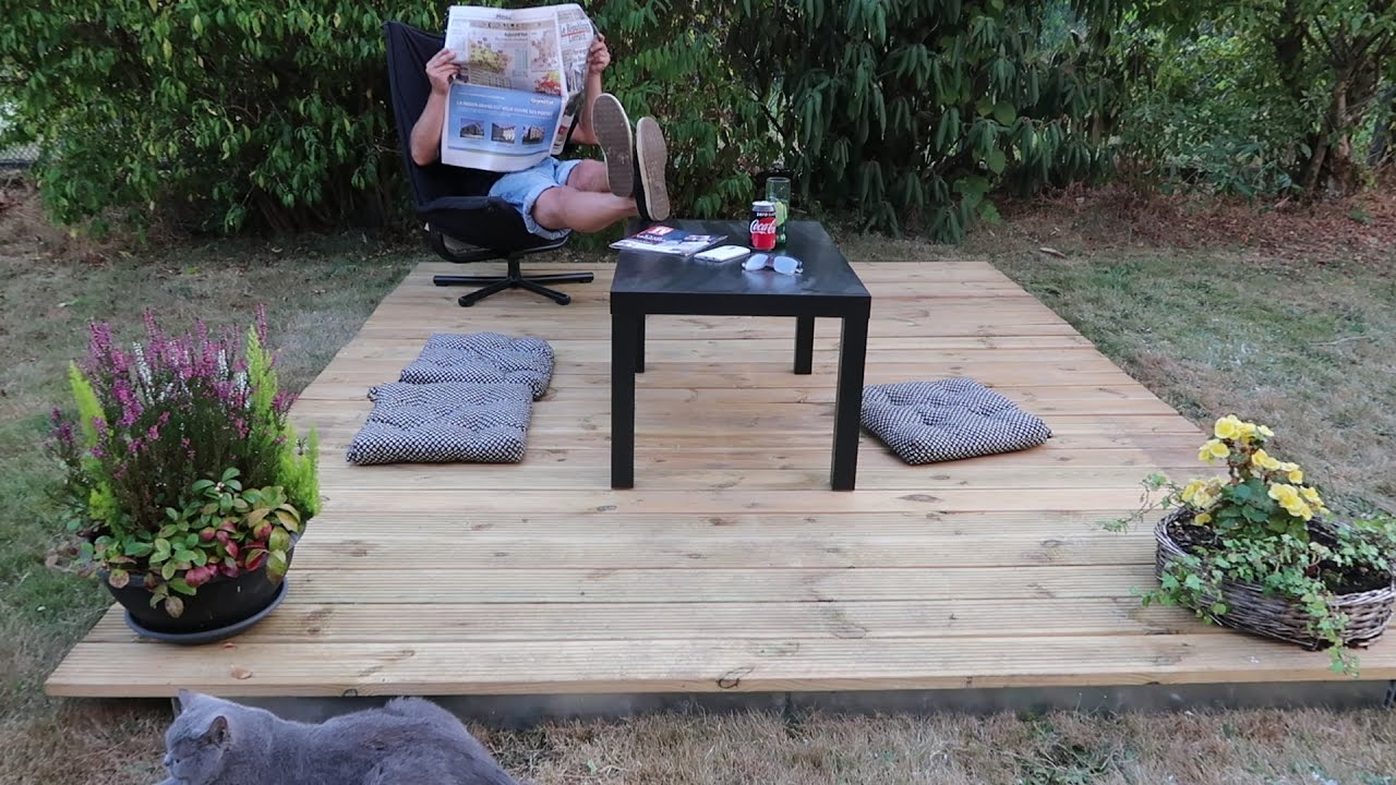 poser une terrasse bois en 2 minutes id al jardin privatif camping mobil home camping car. Black Bedroom Furniture Sets. Home Design Ideas