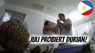 JULI PROBIERT DIE KOTZFRUCHT!  | AnKat