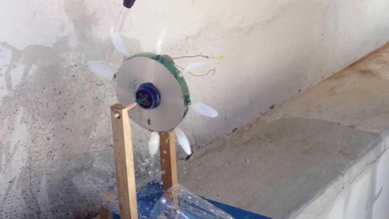 Generador hidroel ctrico casero con un led doovi for Como oxigenar el agua de un estanque sin electricidad