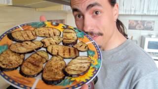 Сельская кухня - баклажаны гриль с чесноком.