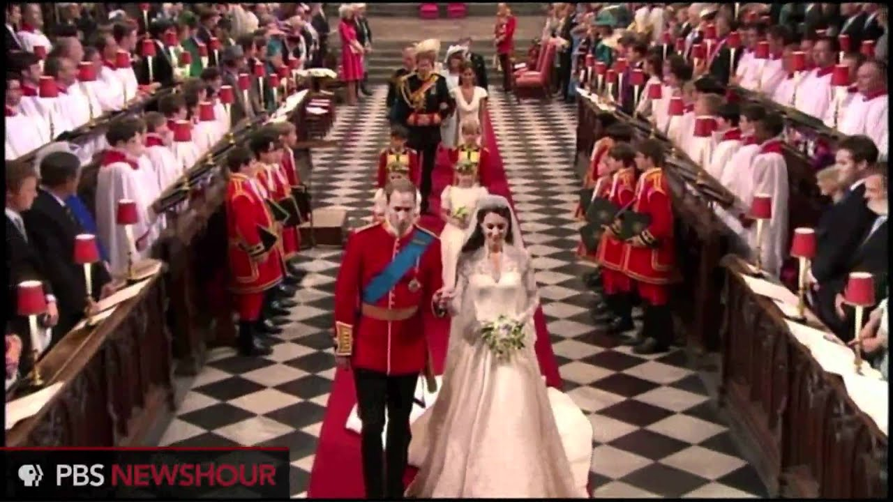 Prince William And Kate Middleton Leave Westminster Abbey Youtube