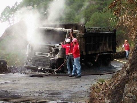 3 miyembro ng NPA na umano'y nanunog ng 2 mining trucks sa Baguio, nadakip ng pulisya