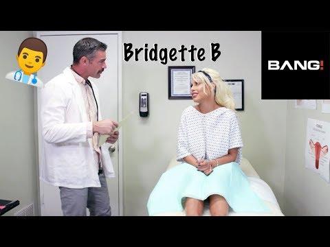 """Bridgette B - """"Scared Topless""""Kaynak: YouTube · Süre: 35 saniye"""
