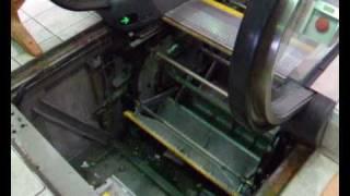 Inner working of Escalator
