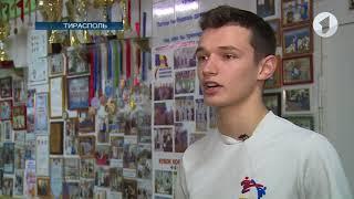 Спорт-ревю / Сергей Усков снова радует в тхэквондо