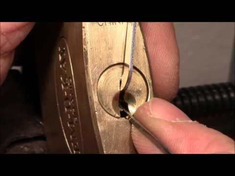 (picking 144) EM-D-KAY BRAND padlock (CHINA) picked - thanks to 'RJ Robert James' for this lock