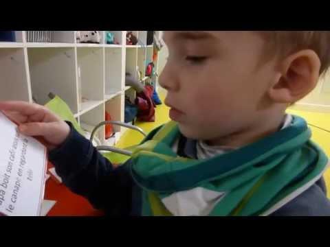 La magie de la lecture à l'école Montessori de Poissy