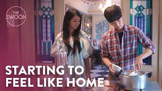 Kim Soo-hyun brings warmth back to Seo Yea-ji's home   It's Okay to Not Be Okay Ep 6 [ENG SUB]