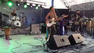 Blue King Brown - Rize Up (LIVE at Joshua Tree Music Festival 2015)