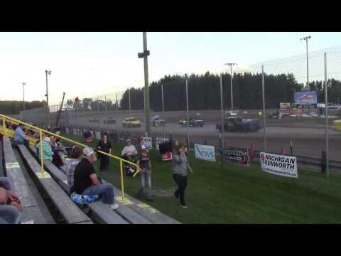 Merritt Speedway 4 Cylinder Heat 1 9/17/16