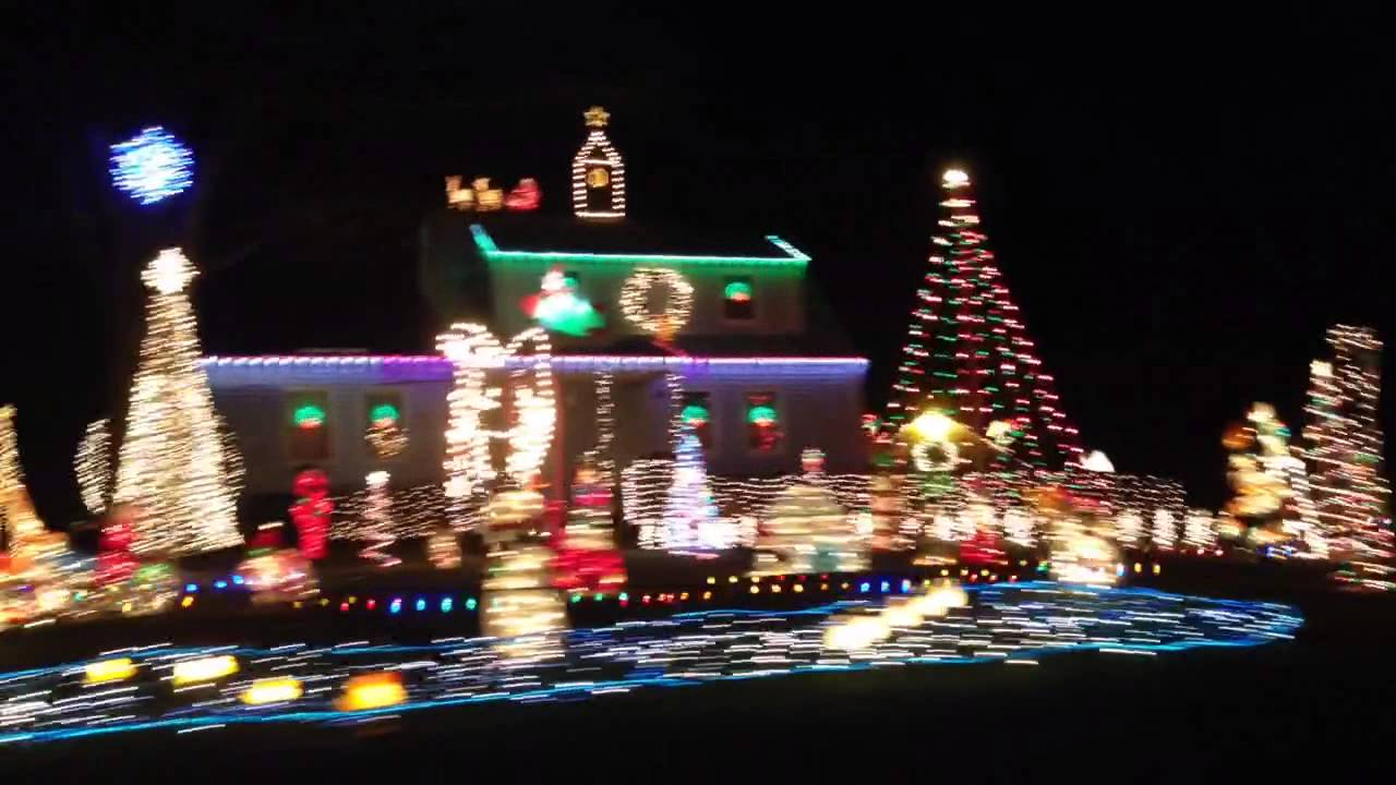 Christmas Lights in South Windsor CT - YouTube