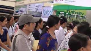 Tặng hạt giống độ sinh - chùm ngây hội chợ Techmart 2013