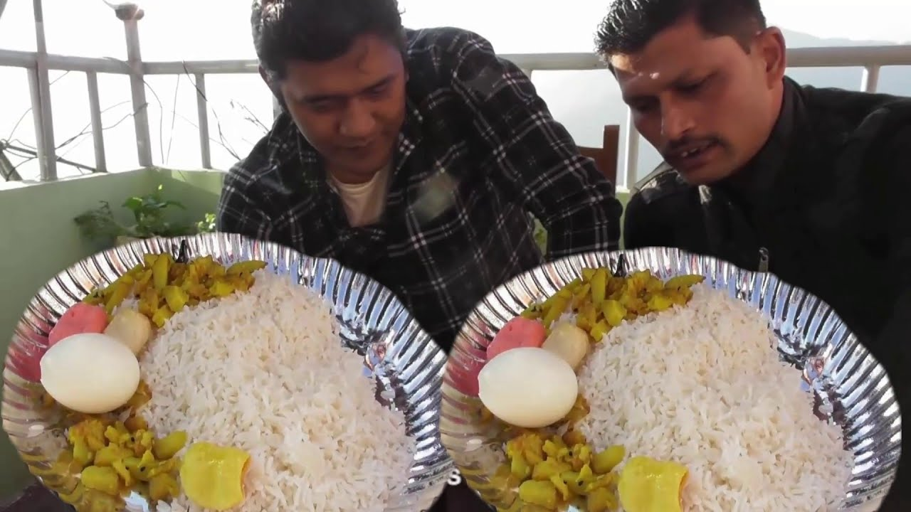 Eating Show in Sikkim Gangtok ( Rice with Boil Egg - Dal & Cabbage ) | Heavy  Cold Shiny Day