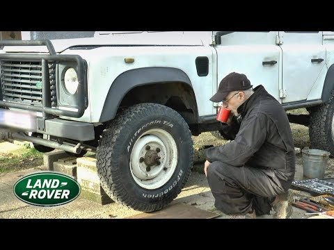 LAND ROVER 110 Front Axle Repair (half shaft broke when stuck in snow)