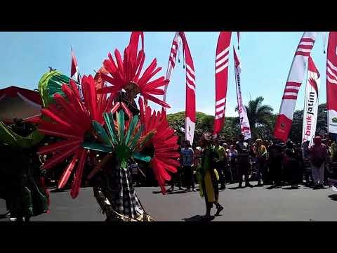 Pawai Kendaraan Hias | Karnaval Memperingati Hari Kemerdekaan RI   Kota Malang 2028
