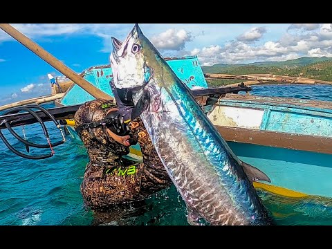 Spearfishing For FOOD During PANDEMIC CRISIS