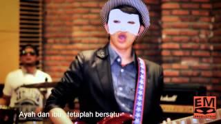 Menu Cinta - Encik Mimpi & AT-RI ( Official MV ) Lirik