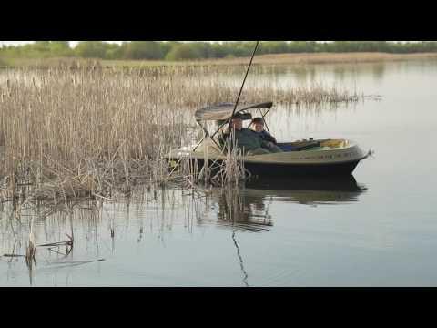 Рыбалка с электрической лодкой E-motion