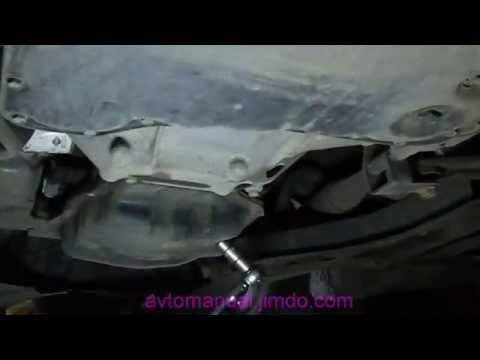 Замена масла и фильтра двигателя Ниссан HR16DE oil drain filter removal