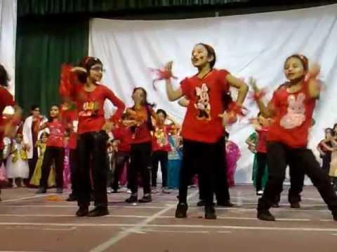 Haniya Farewell Dance IIS Dammam - YouTube