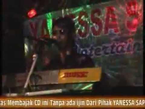 HEBOH2012 DJ YUDHI AW...AW SM MELLINDA