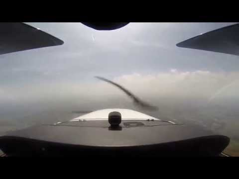 Multi-cam flight from Kansas City, Missouri KMKC to Branson Missouri KPLK, G1000 Cessna 172