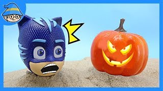 PJ Masks saw pumpkin ghost. Rescue from Halloween pumpkins. Trick or Treat