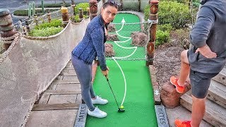 Epic No Look Hole in One | Brodie & Kelsey vs. GM Golf & Zac | Pirate's Cove Mini Golf