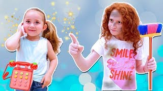 😜 Беатрис ИГРАЕТ,  Патрисия УБИРАЕТ | Girls PRETEND Play with Cleaning Toys for kids