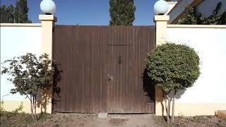 Finca La Penúltima - Posada, Suite y patio interior con cocina exterior privada. video suite patio