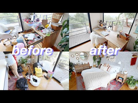 Deep Cleaning/Decluttering My Room for the First Time in TWO YEARS!