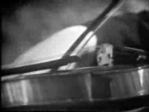 Henryk Szeryng plays Bach Fuga from Sonata No. 1