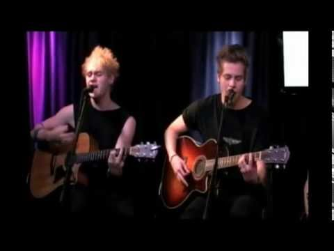 5 Seconds of Summer Q102 Live Stream (Full)