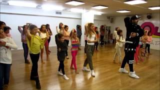 חשה - הריקוד - עדי ביטי עם להקת שרונית