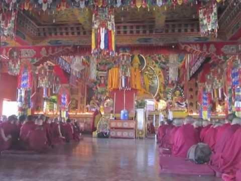 Mantra to Shakyamuni Buddha at Kopan Monastery