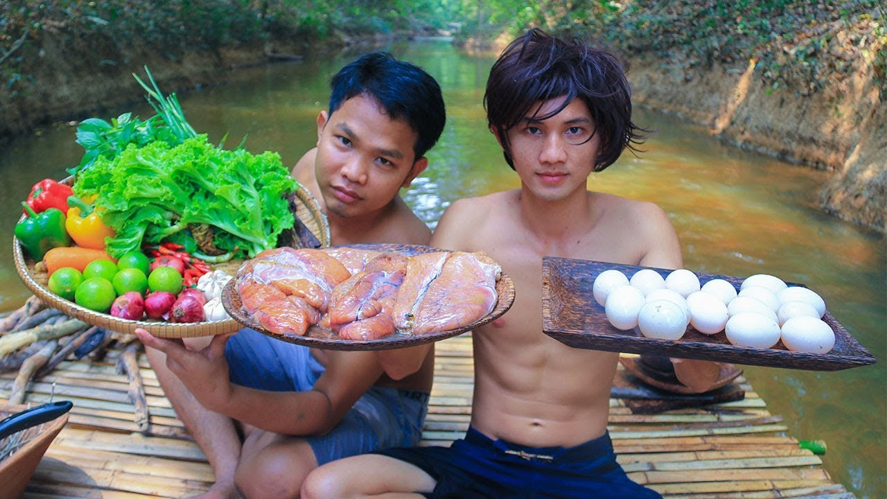 Cooking Yummy Fish Eggs On River Eating Delicious