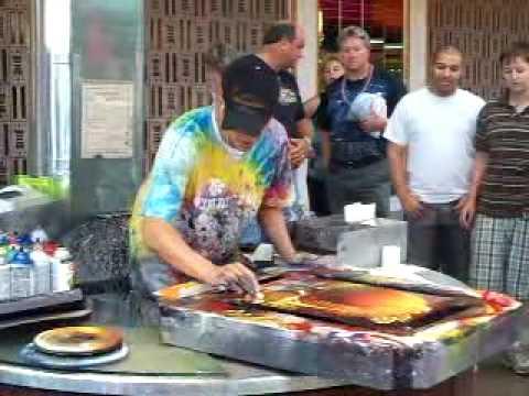 AMAZING Spray Paint Graffiti Artist on the old Las Vegas ...