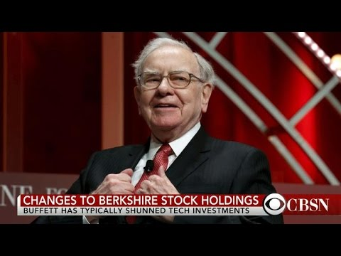 Warren Buffett buys 9.8 million shares of Apple