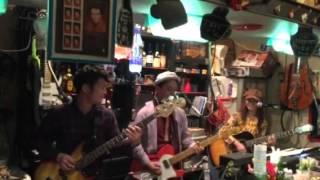 SaseboのR&Rバンド KCズです。 オリジナル曲 The man from KC(カンサス...