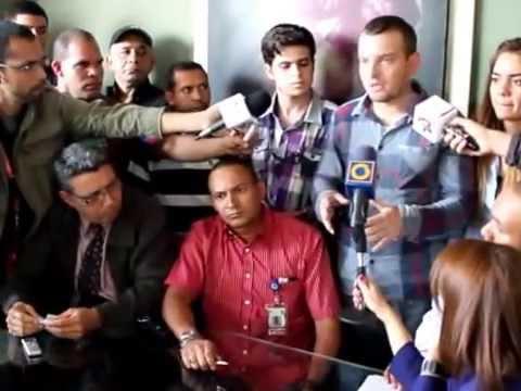 """Rueda de prensa de Alí Rojas, rector de UCSAR, tras """"intento de golpe"""" por vicerrector admin"""