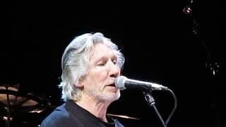 Roger Waters 8-13-2017  When We Were Young MVI 6677