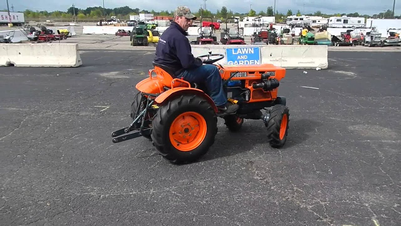 Kubota B7100 Backhoe : Kubota b tractor youtube
