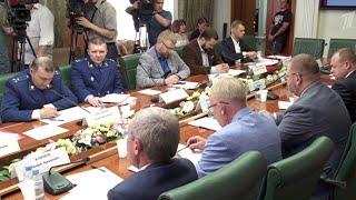 Итоги Единого дня голосования и иностранное вмешательство в ход выборов обсудили в Совфеде РФ.