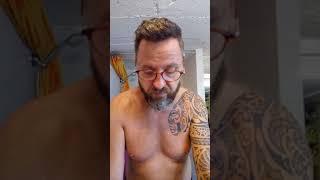 Tuto de titi. le rasage des contours de barbe au rasoir jetables