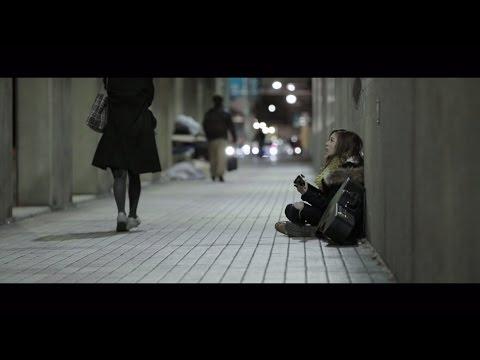 """17th Single「インフルエンサー」2017.3.22Release!! シングル特典映像""""個人PV""""の予告編を公開! ギターの練習を川村さんがされているということを聞..."""