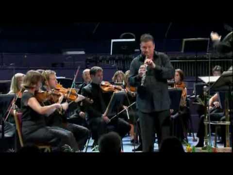 Elliott Carter Oboe Concerto (Part 1) - Nicholas Daniel / David Robertson / BBC Symphony Orchestra