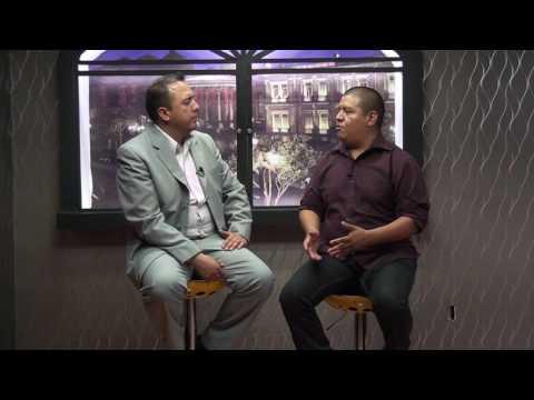 Tras Bambalinas es conducido por Juan Carlos González Islas entrevista Miguel Ángel Rivera