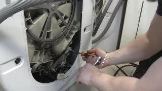 ремонт стиральной машины Индезит не крутится барабан. Замена щеток