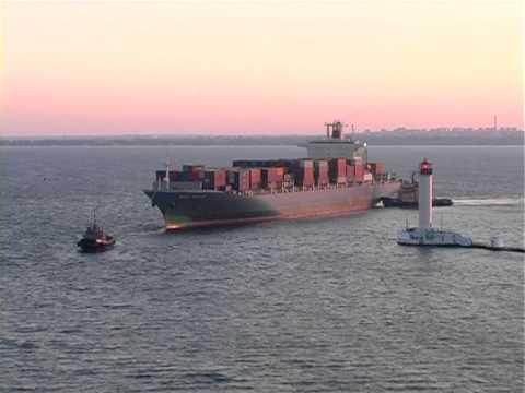 видео: Сюжет А. Кожурина о лоцманах Одесского порта